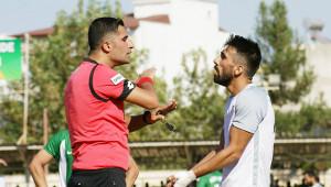 Orta saha oyuncusu, süresiz kadro dışı bırakıldı