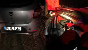 Otomobil park halindeki tıra çarptı: 2 yaralı