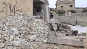 Rus savaş uçakları Halep'e saldırdı; 4 ölü