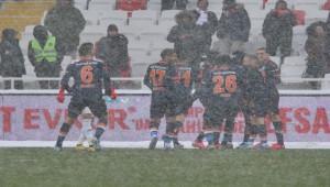 Sivasspor 1 - 1 Başakşehir