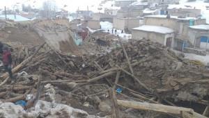 Van'da deprem! 9 kişi hayatını kaybetti