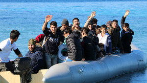Göçmenlerin Yunanistan'a geçişi başladı