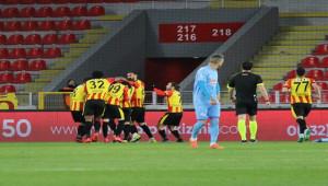 Göztepe 2 - 0 Çaykur Rizespor