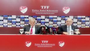 """Nihat Özdemir: """"Liglerde erteleme yok"""""""