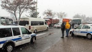 Organize Sanayi Bölgesinde zincirleme trafik kazası; 18 yaralı