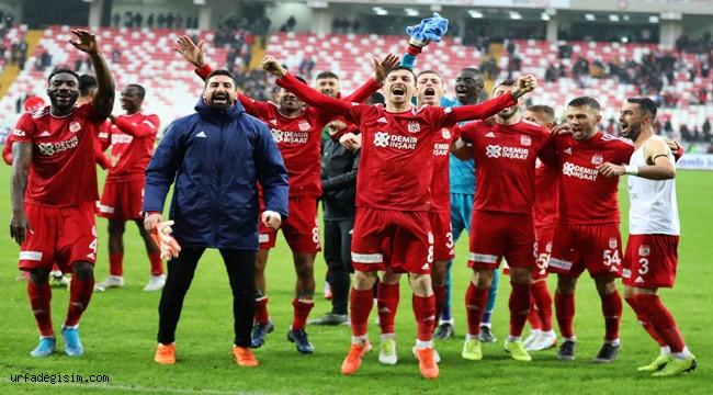 Sivasspor, Avrupa devleriyle yarışıyor
