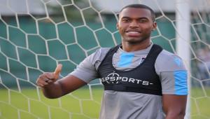 Trabzonspor'da Sturridge'in sözleşmesi feshedildi