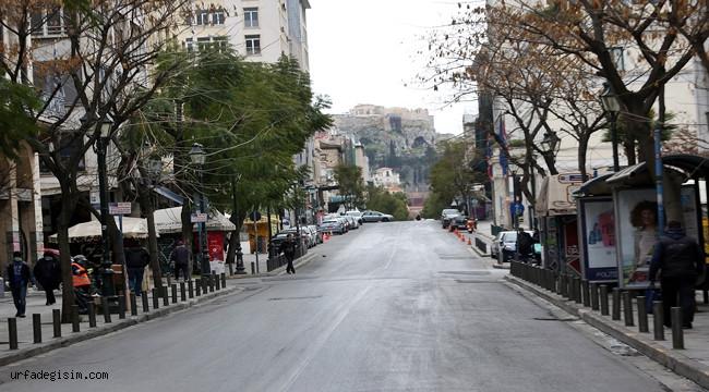 Turizm ülkesi Yunanistan'da sokaklar sessiz