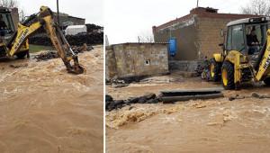 Viranşehir belediyesinden sel mücadelesi