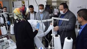 Viranşehir'de tulum ve maske üretimi