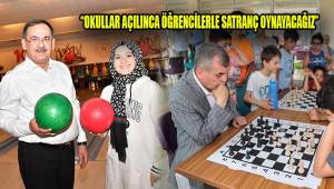 Başkan Beyazgül, gelen soruya satrançla cevap verdi