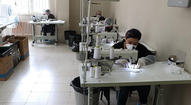 Günde 33 bin maske üretiliyor