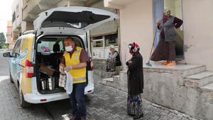 İftar yemekleri evlere teslim edildi