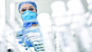 Korona virüsten 2 hemşire hayatını kaybetti