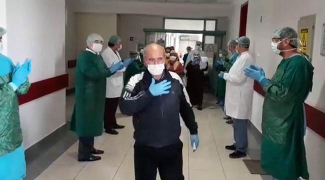Koronavirüsü yeneler alkışlarla taburcu oldu