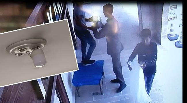 Ampul hırsızları kameraya yakalandı