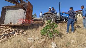 Bozova'da römork devrildi