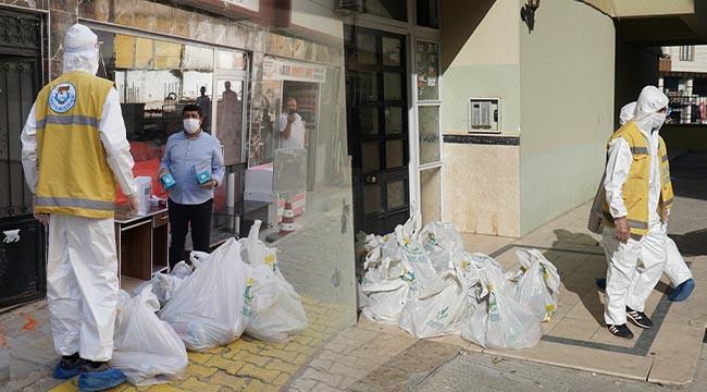 Haliliye'de gıda ve maske desteği