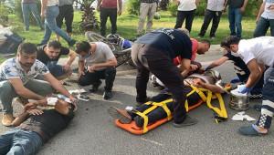 Otomobil ile motosiklet çarpıştı; 2 yaralı