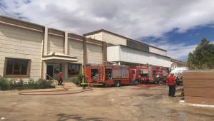 Şanlıurfa'da iplik fabrikasındaki yangın