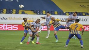 Ankaragücü 1 - 2 Medipol Başakşehir