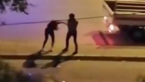 Cadde ortasında kadına şiddet
