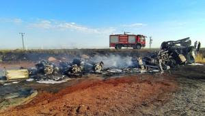 Akaryakıt tankeri yandı! sürücü ise yaralandı