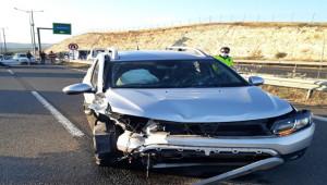 Şanlıurfa'da iki otomobilin çarpışması sonucu 6 kişi yaralandı