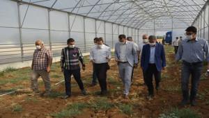 AK Partili Vekil'den Viranşehir ziyareti