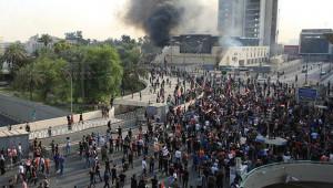 Bağdat'ta protestolar artıyor : 3 ölü, 21 yaralı