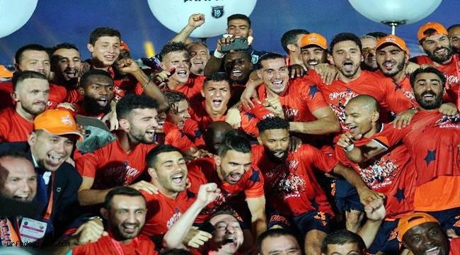 Başakşehir'de istikrarın sonu şampiyonluk oldu