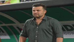 Bülent Uygun Denizlispor'a veda etti