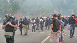 Fransa'da Ulusal Bayram'da hükümet karşıtı protesto