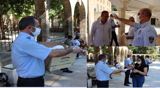 Ücretsiz maske dağıtımı devam ediyor