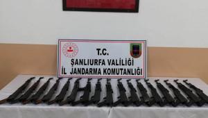 Urfa'da 17 kalaşnikof silah ele geçirildi