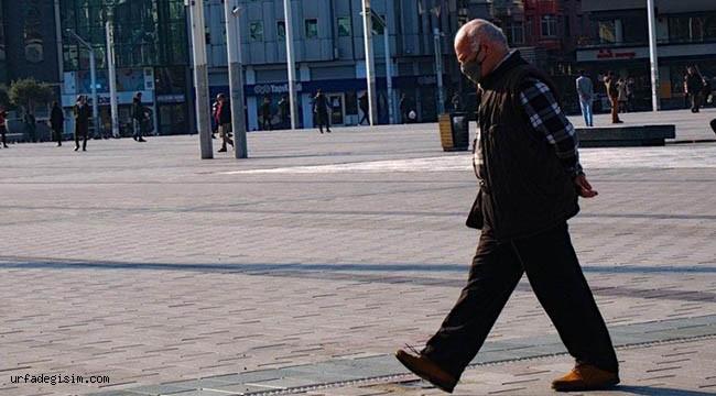 65 yaş üstüne sokağa çıkma yasağı geldi