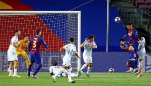 Cüneyt Çakır'ın yönettiği maçta Barcelona turladı