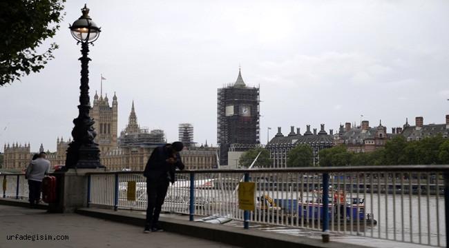 İngiltere'de 24 saatte 55 bin 761 vak'a tespit edildi