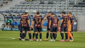 21'i futbolcu, 30 kişide virüs tespit edildi