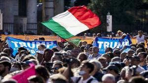 İtalya'da Covid-19 kısıtlamaları protesto edildi