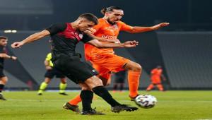 Karagümrük 2 - 0 Medipol Başakşehir