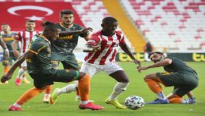 Sivasspor 0 - 2 Alanyaspor