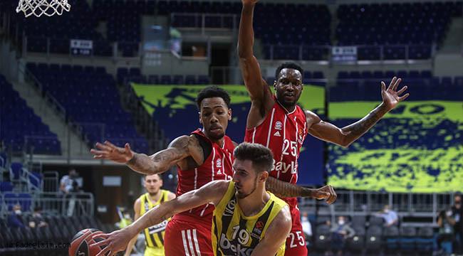 Fenerbahçe Beko, ikinci yarıda yıkıldı