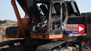 İş makineleri yakıldı