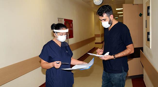 Virüse yakalanan doktor yaşadıklarını anlattı