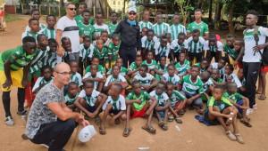 Bursaspor formaları Afrikalı çocuklara ulaştı
