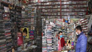 40 yıldır kaset satıyor
