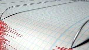 Akdeniz'de 5,2 büyüklüğünde deprem oldu.