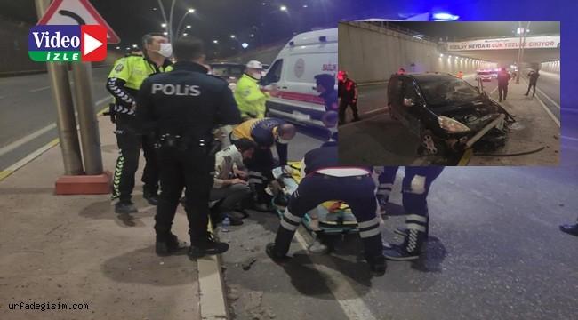 Otomobil kavşaktan aşağı düştü: 1 yaralı
