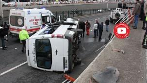 Yolcu minibüsü alt geçide uçtu: 7 yaralı